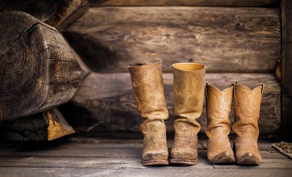 Народные обряды со старой обувью