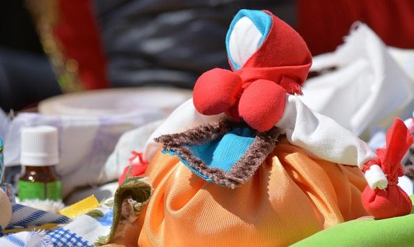 Кукла оберег травница (кубышка)